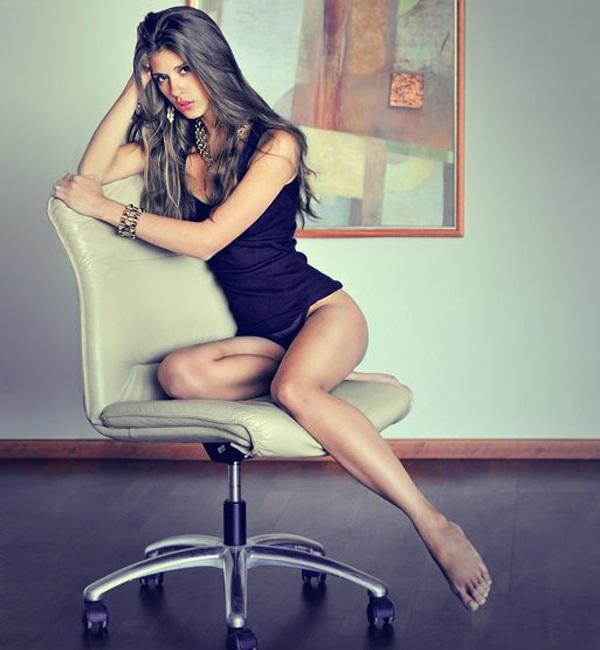 Позы сидя на стуле