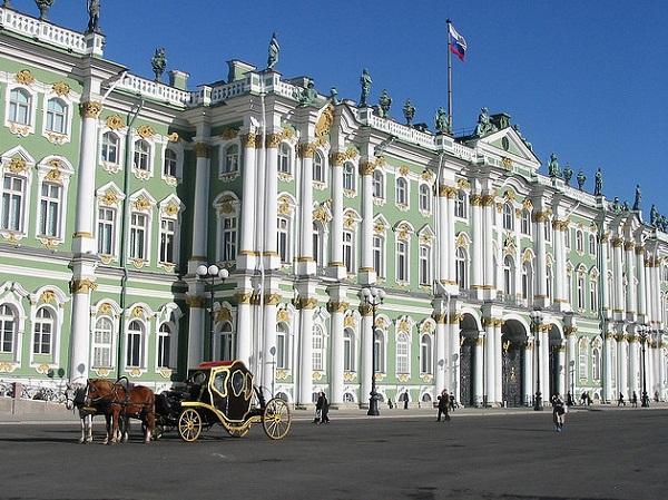 Дворцовая площадь. Эрмитаж