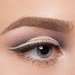 Как красить припухшие глаза
