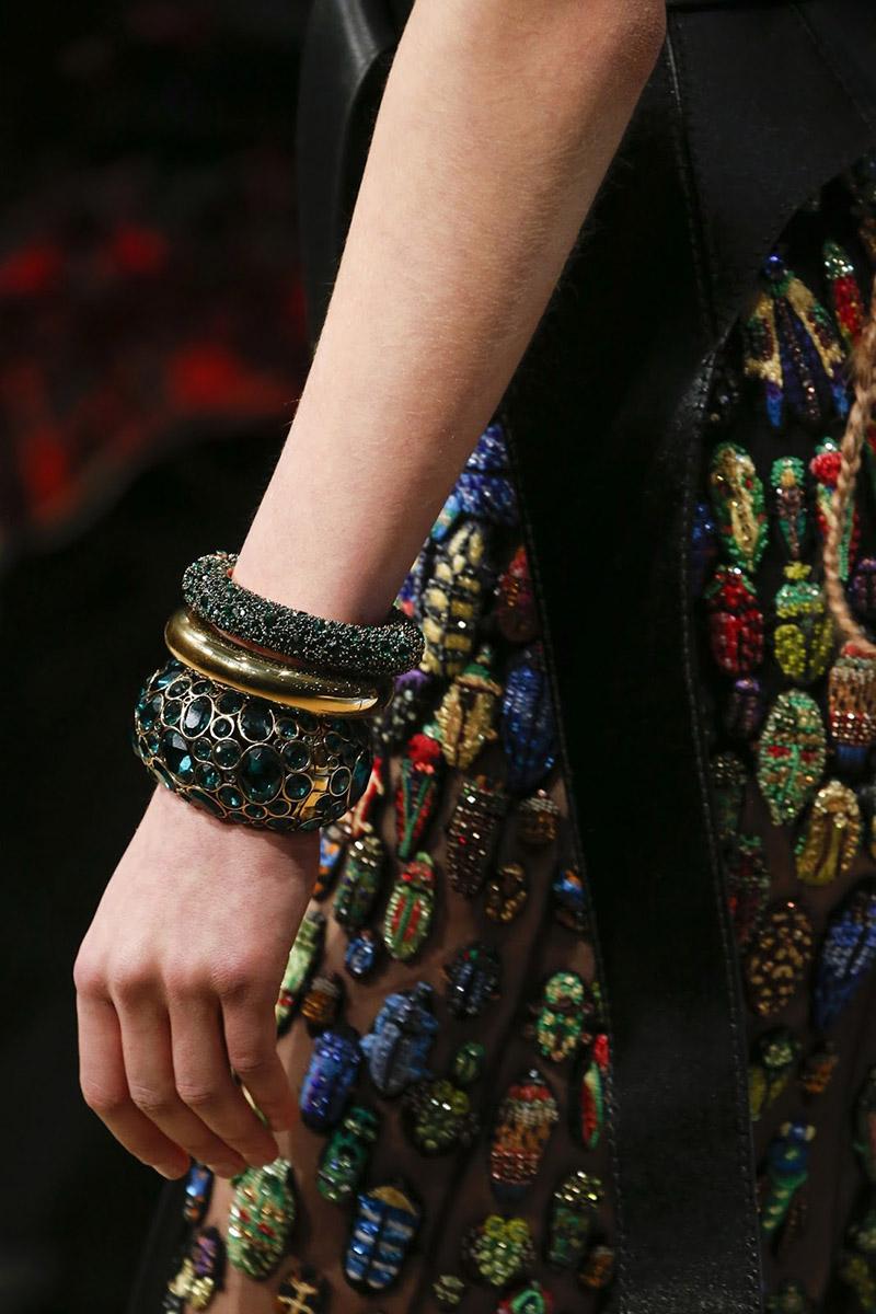 Массивные браслеты Alexander McQueen