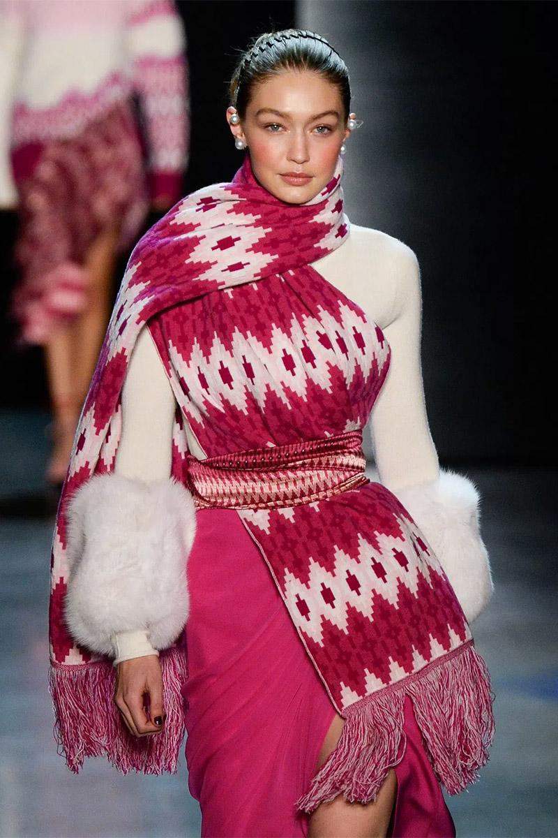 Модные шарфы Prabal Gurung