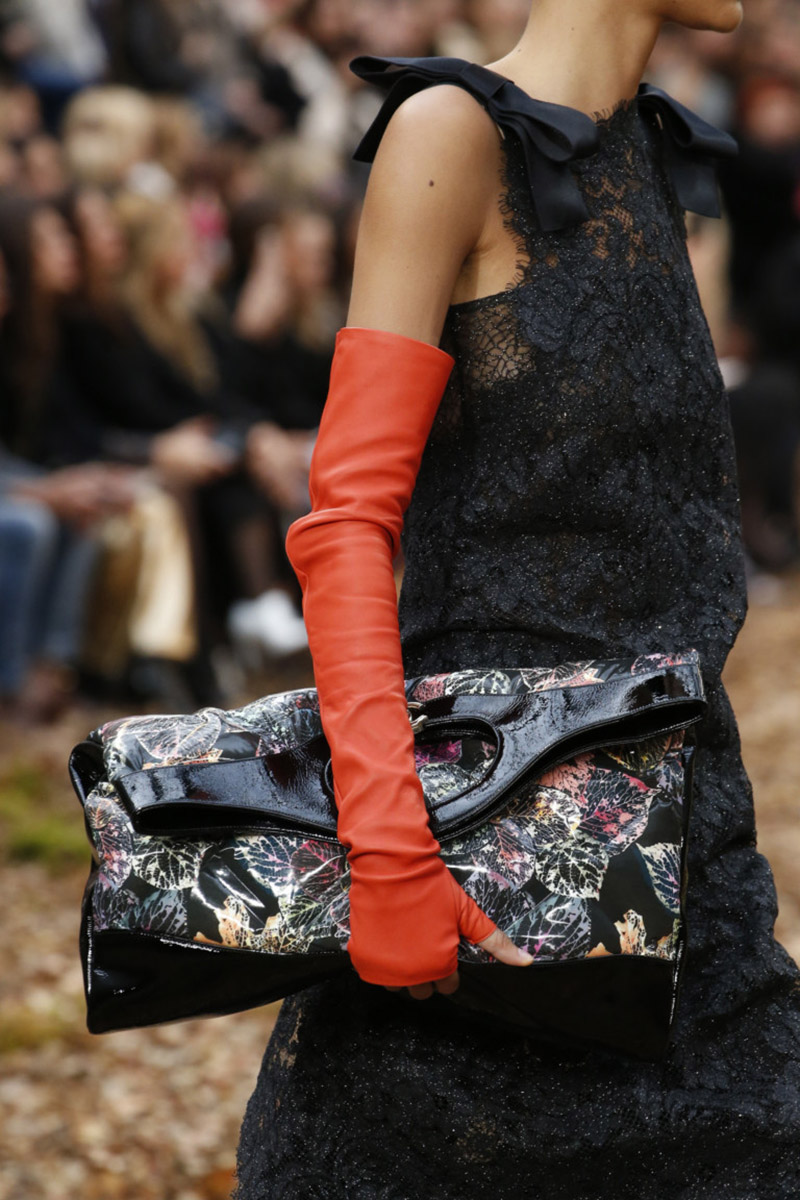 Перчатки Chanel
