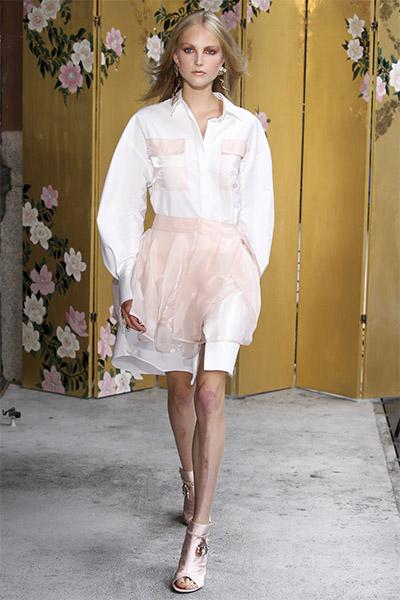 Прозрачная плиссированная юбка