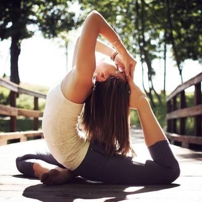 Растяжка ног в домашних условиях: комплекс упражнений