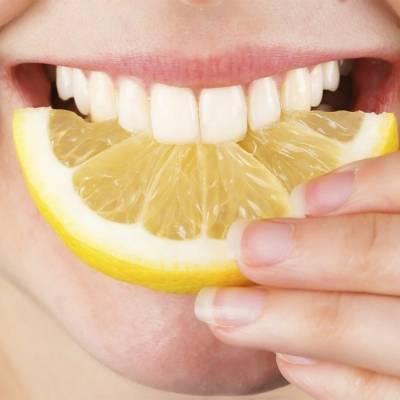 Отбеливание эмали зубов дома
