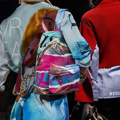 Модные сумки осень-зима 2019-2020: сложная геометрия и обилие декора