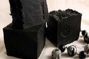 Черная глина для лица: как использовать, свойства, маски