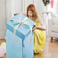 Что подарить подруге на День рождения: ответ на все случаи