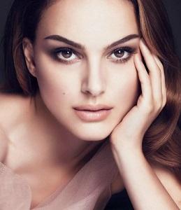 Как сделать глаза выразительными: секрет идеального макияжа