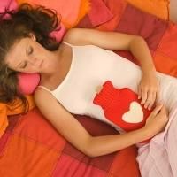 Боли в животе в районе пупка: причины, симптомы заболеваний
