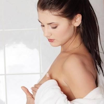 Как убрать растяжки на груди: не болит, но жить мешает