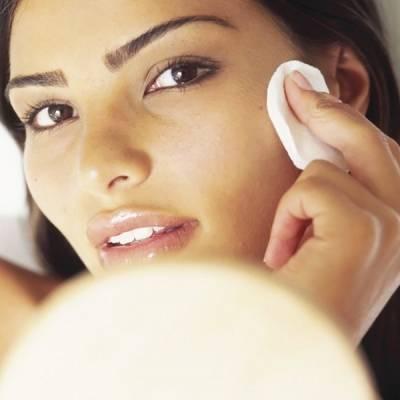 Как выровнять цвет лица с помощью простых народных методов
